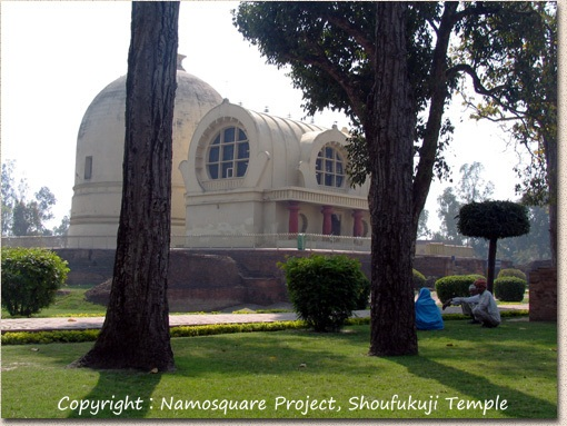 涅槃堂と仏塔 The Parinirvana Temple with the Parinirvana Stupa